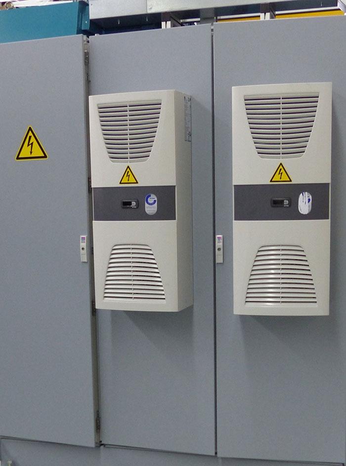 Schaltschrank der Kühlaggregate